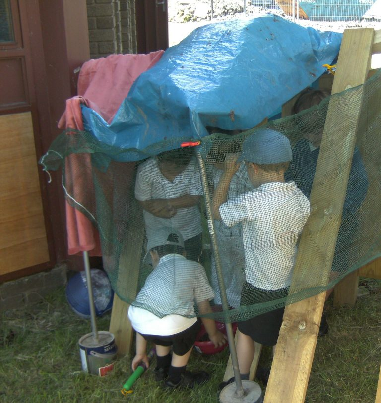 Making sense of outdoor learning research.